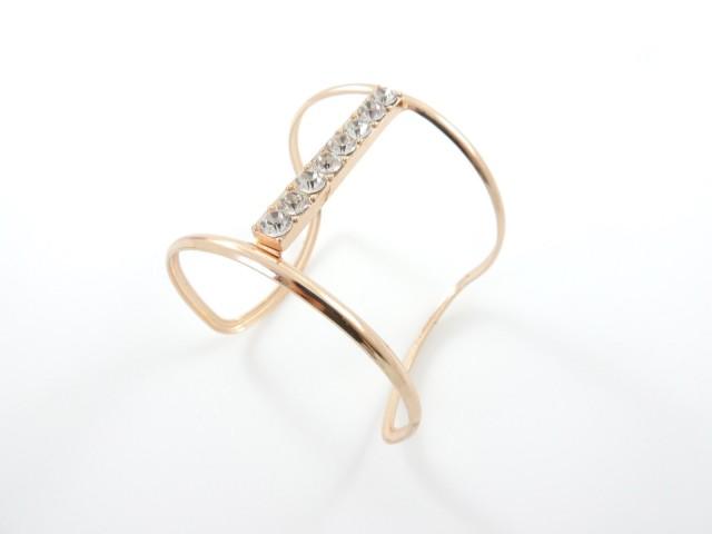 Bracelet manchette à barre pavée de strass