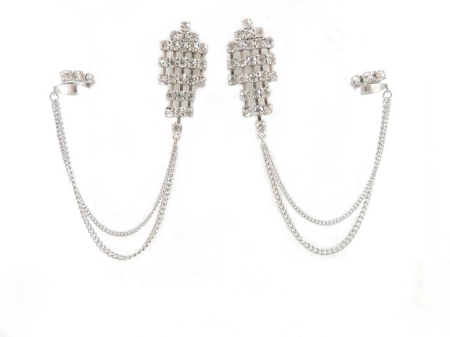 chaîne d'oreille à ornements cristauxavec chaîne drapée